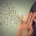 ビジネス英会話のリスニング力アップはオリジナル教材を活用しよう